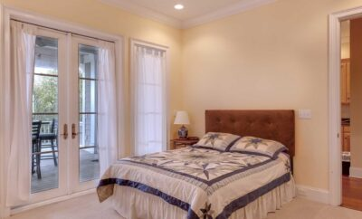 Sunny 2 Bedrooms Video